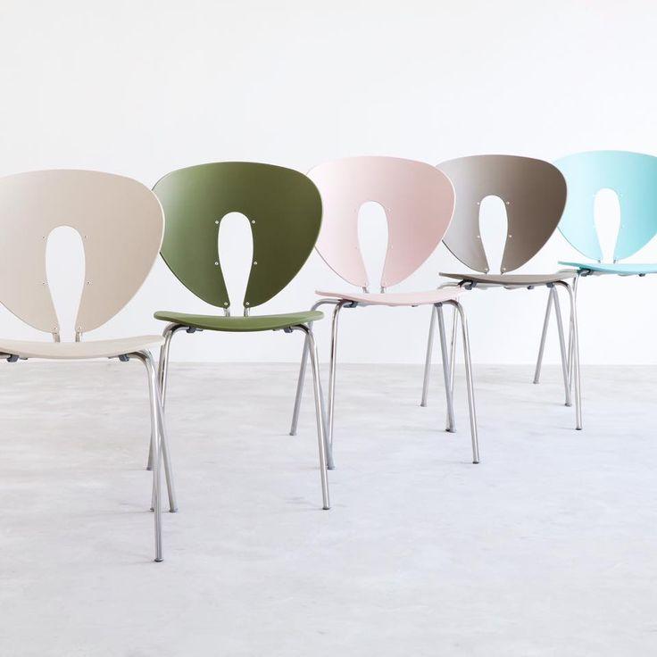 Let's add some pastels to this Monday!  Selection from STUA Globus chair colour range. GLOBUS: www.stua.com/design/globus A Jesús Gasca design.