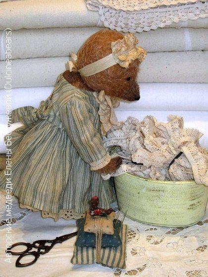 Vintage style teddy bear by Elena Bestuzheva