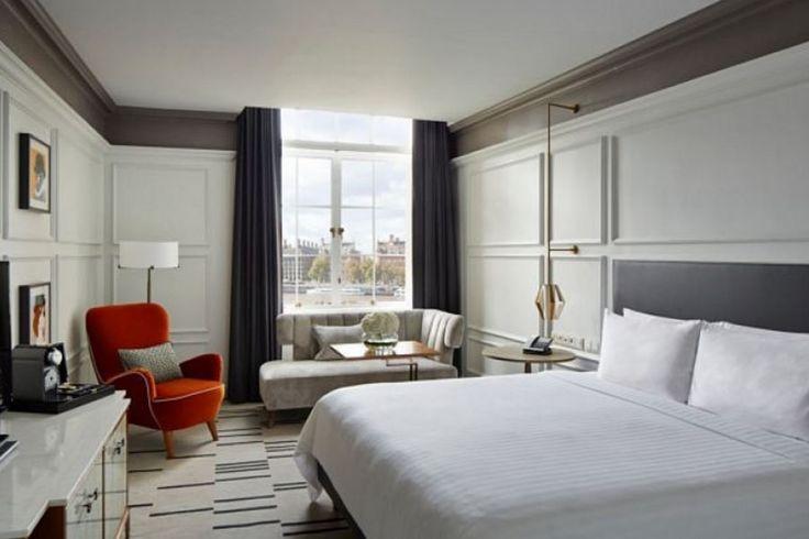 Yatak odanızda daha ferah ve daha huzurlu bir ortam oluşturmak için de açık tonlara yönelebilirsiniz. Canlı ve pastel renklerde bu dönemde yatak odalarında sıklıkla kullanılmaya başlanmı