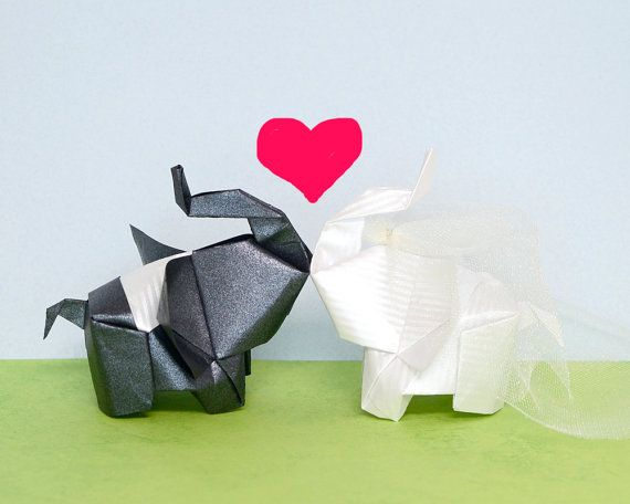 The bride and the groom 3D free style origami elephant sculpture by JinniInTheLamp - Table decor for wedding, birthday, party, event