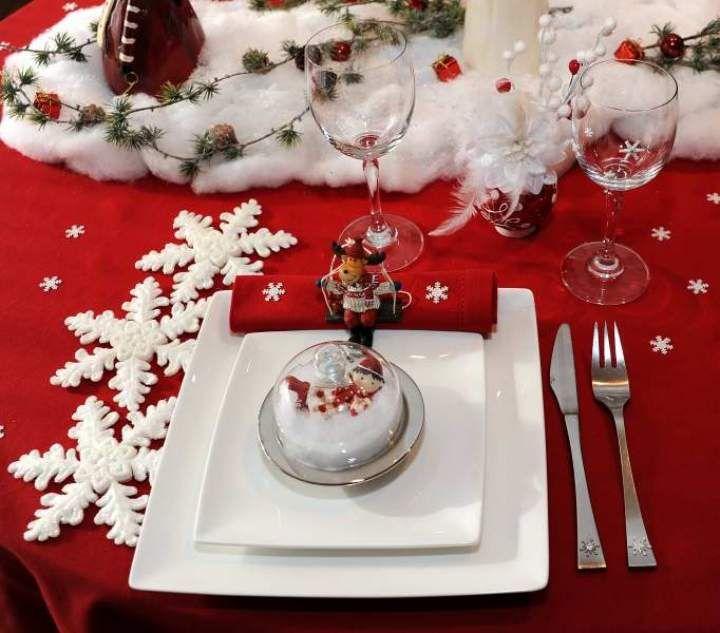 Table De Noel Decoration