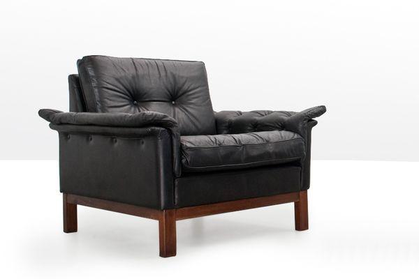 Mid Century Scandinavian Black Leather Lounge Chair 1 Leather Lounge Chair Chair Mid Century Scandinavian