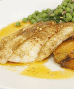 Hoki fillets with braised fennel and vegetables