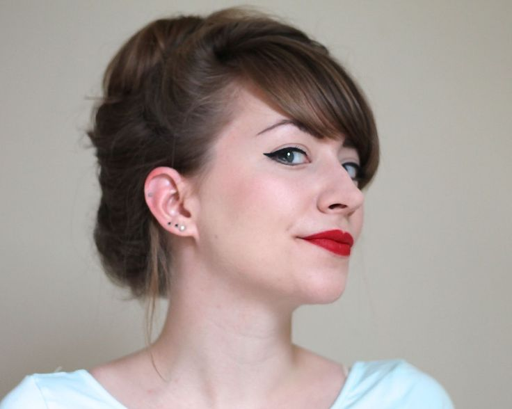 Make-up: Revlon Really Red (a better alternative to Mac Russian ...