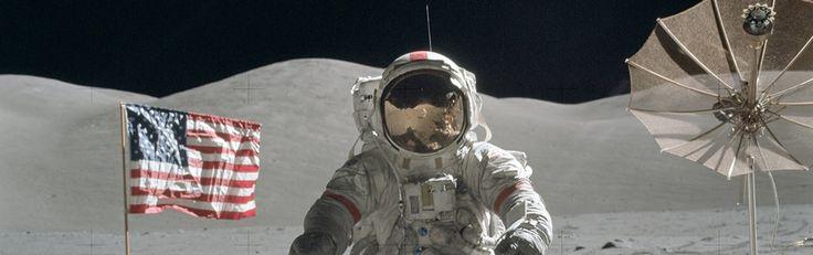Sinds de landingen in 1969 heeft iedere astronaut vreemde, 'knipperende lichten' bij de maan gezien - http://www.ninefornews.nl/iedere-astronaut-vreemde-lichten-maan/