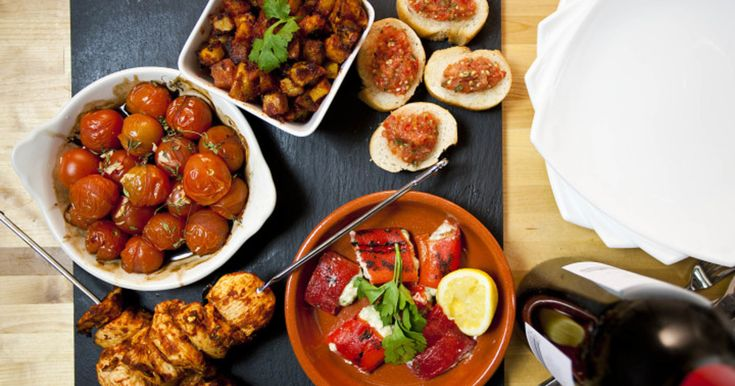 All of these delicious Spanish tapas dishes can be plonked in the middle of a table for people to help themselves, which makes todays recipe(s) perfect for having your mates over or feeding the whole family.