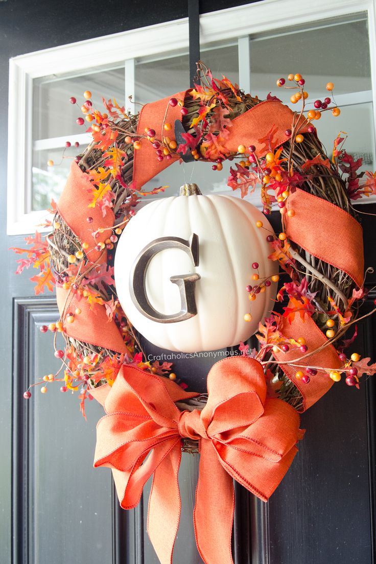 Charming Fall Door Wreath Ideas Part - 14: DIY Fall Wreath With Monogram Pumpkin Tutorial