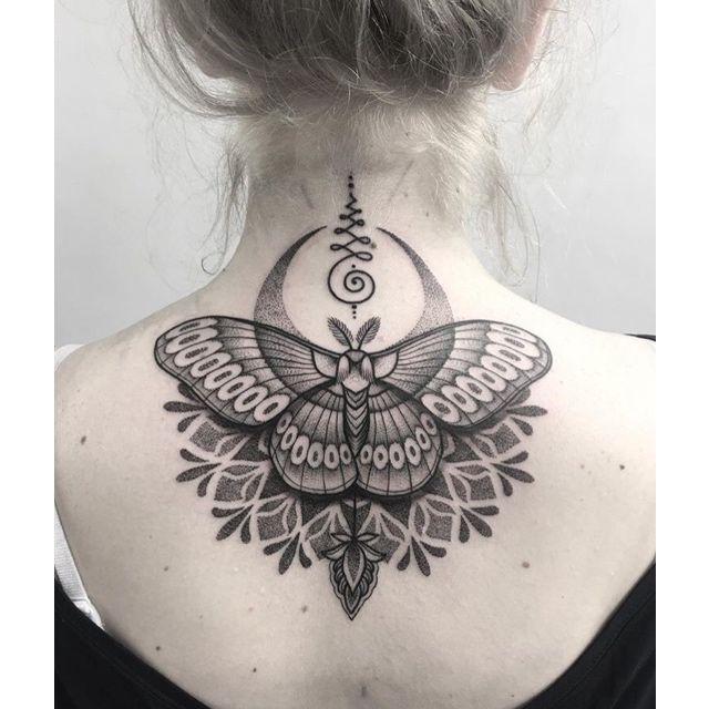 Best 25+ Moth Tattoo Ideas On Pinterest