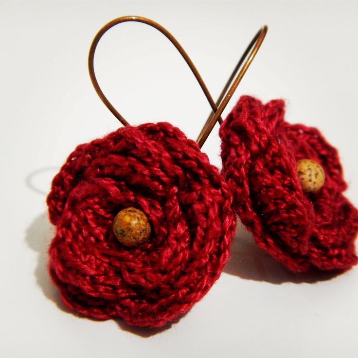 Crochet earrings made with 100% Egyptian Cotton and semiprecious stone Iaspis