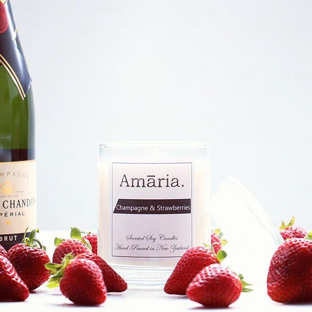 Deck the hall with Champagne & Strawberries....seriously popular scent for the Christmas season  #soycandles #champagne #strawberries #moet #christmasgifts #nzmade #madewithlove #amaaria