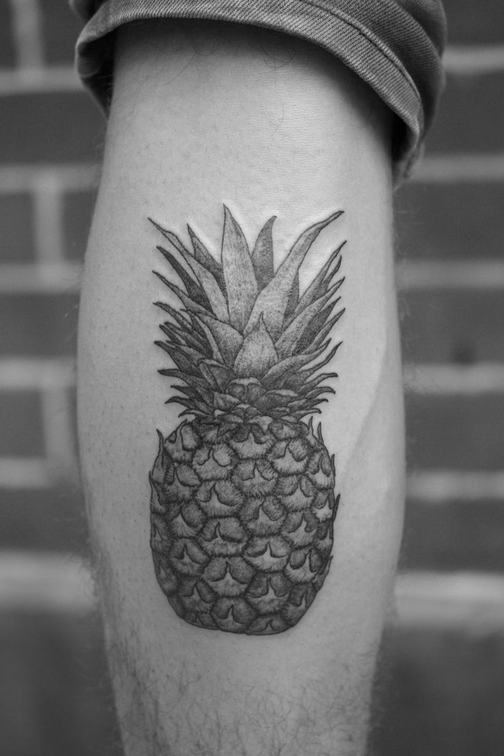 black and white pineapple tattoo google search hawaiian tattoo sleeve ideas pinterest. Black Bedroom Furniture Sets. Home Design Ideas