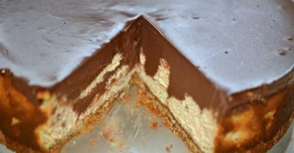 Cheesecake s arašídovým máslem a čokoládovou ganachí