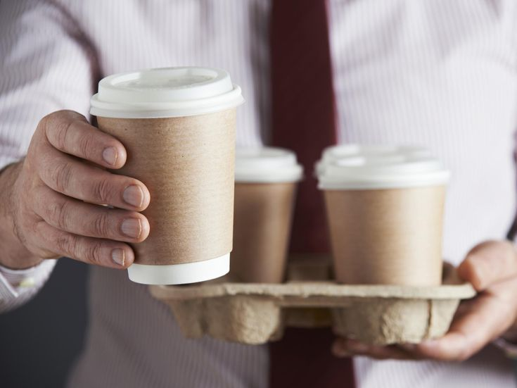 In a report released on Friday, the Environmental Audit Committee has set out a strategy for the UK to deal with the waste resulting from the British public's love of takeaway coffee. Awareness has grown in recent years of the issues surrounding plastic waste, which includes polyethylene-lined disposable coffee cups.