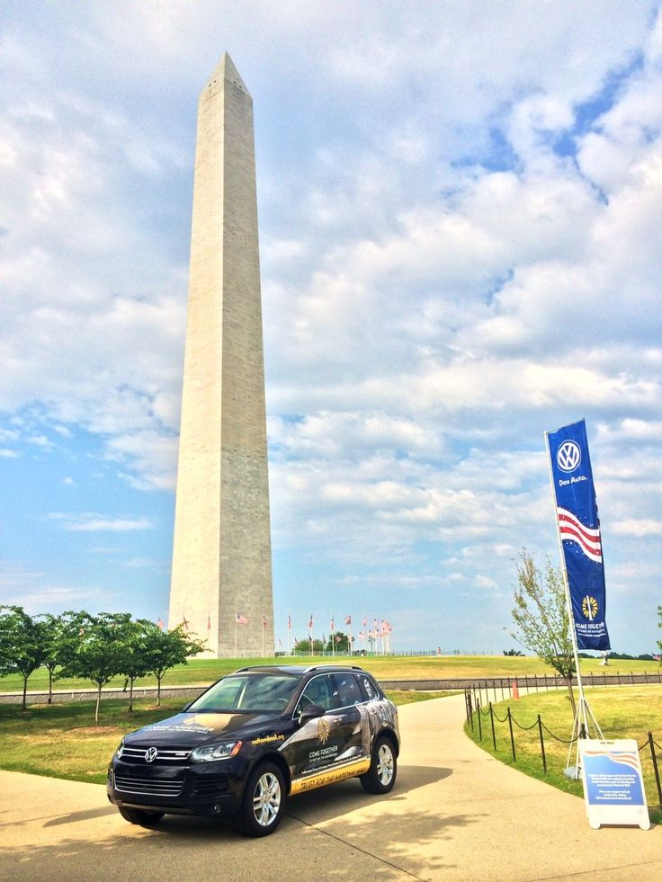 Volkswagen Group of America Employees Clean up National Mall After Independence Day Festivities   3BL Media