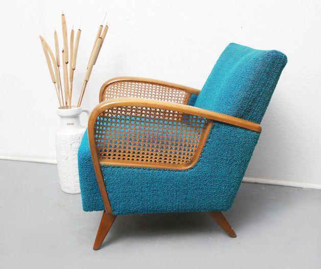 sie bieten auf einen 50er jahre sessel sch ne geschwungene armlehnen aus massivholz. Black Bedroom Furniture Sets. Home Design Ideas