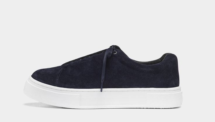 #Eytys Doja Suede Midnight. Doja sneakers in a seasonal dark blue premium silky suede.