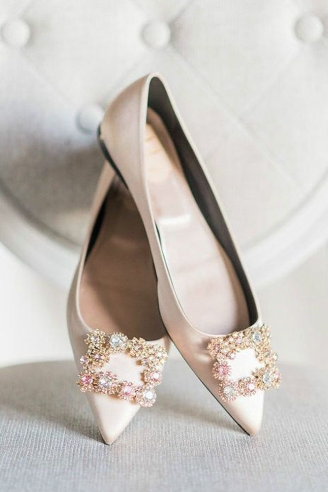 15 Flat Wedding Shoes To Dance All Night Beach Wedding Shoes