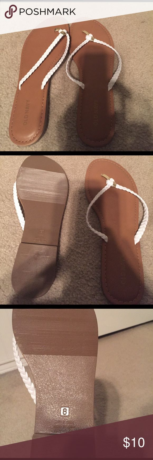 Never worn white old navy flip flops Flip flops from old navy. Never worn. In perfect condition Old Navy Shoes Sandals
