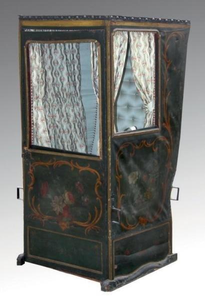 Chaise à porteur ~ Louis XV (Ottocento, Proantic.com)