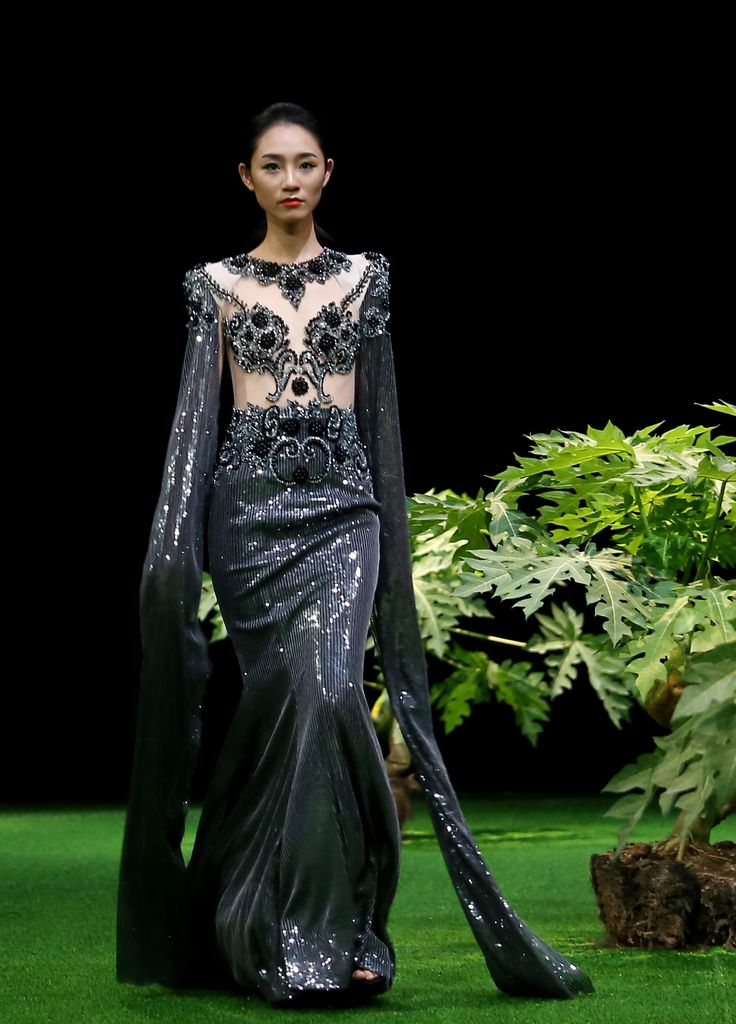 Vietnam Fashion Week SS17 - Ready to wear. Designer: Tang Thanh Cong Photo : Cao Duy