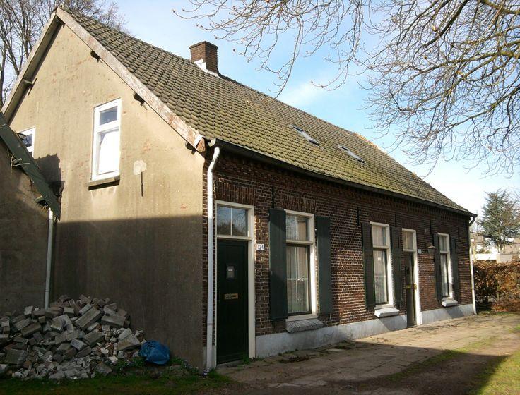 Waalstraat 122-124 (1901) Acht. Eindhoven, Netherlands. March 19th, 2014