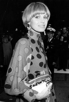 Jean Muir - Robe Maxi - Crêpe de Soie - Pois sur Bandes Multicolores - Joanna Lumley - 1976