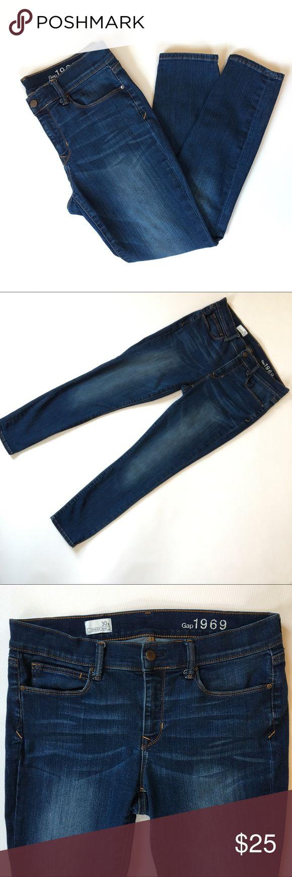 "Gap Legging Jean Great pair of Gap legging jeans in Santa Cruz Blue. Nice stretch. Excellent pre-loved condition.  Pet free/Smoke free.   Measurements laying flat: •Waist 16.5"" •Inseam 27"" •Rise 9.5"" •Leg opening 5.5"" GAP Jeans Skinny"