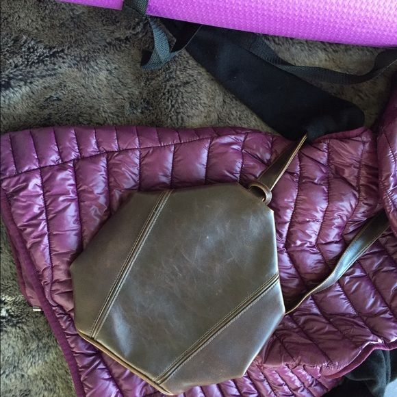 ⤵️Mini chocolate brown one strap backpack Adorable mini backpack, dark chocolate brown. Carried twice, minor nicks, scratches. Clean interior. One outside pocket, one inside pocket Bags Backpacks