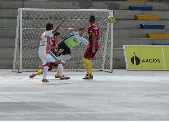 El clásico del Tolima Grande de la primera fecha se lo llevó #Utrahuilca 8-5. #FútbolRevolucionado #Futsal #Futsala #LigaArgos