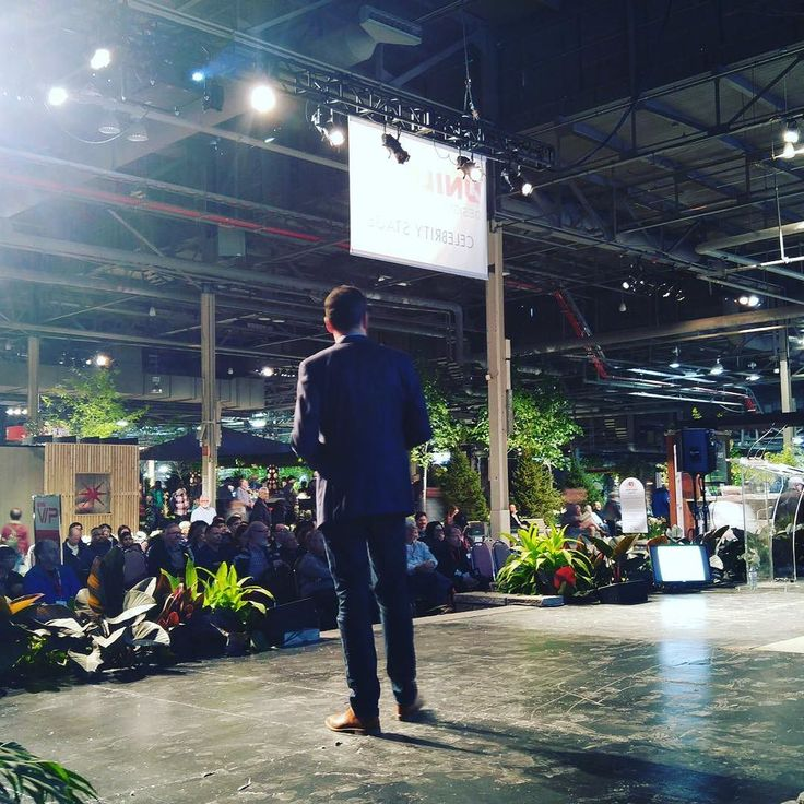 Was really #awesome to be on stage at the #nationalhomeshow yesterday and share advice and answer consumer questions. Thanks @homeshowsto @bildgta @renomark_ca . . . #renomark #publicspeaking #renovation #renovate #reno #condo #condominium #house #home #condoreno #homerenovation #homeimprovement #bath #kitchen #kitchenandbath #bestpractices #advice #insight #toronto #torontolife #blooms #canadablooms #flowers