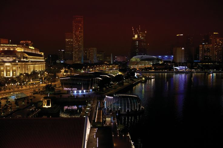 수평선 위로 우뚝 솟은 거대 마천루들, 그리고 트렌디한 레스토랑과 쇼핑몰은 싱가포르를 더욱 세련되고 도시적인 여행지로 완성시킨다. | Lexus i-Magazine Ver.5 앱 다운로드 ▶ www.lexus.co.kr/magazine #Lexus #Magazine #singapore 수평선 위로 우뚝 솟은 거대 마천루들, 그리고 트렌디한 레스토랑과 쇼핑몰은 싱가포르를 더욱 세련되고 도시적인 여행지로 완성시킨다. | Lexus i-Magazine Ver.5 앱 다운로드 ▶ www.lexus.co.kr/magazine #Lexus #Magazine #singapore