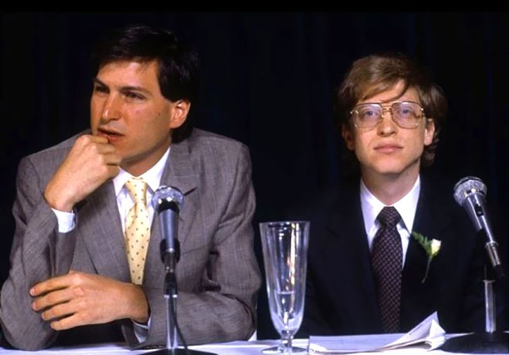 This first photo of Steve Jobs and Bill Gates was taken more than a quarter-centery ago in 1985, which was only one year after the original Apple Mac was released for sale.