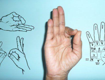 Это работает! Подержите руку в этой позиции и вы не поверите, что последует за этим