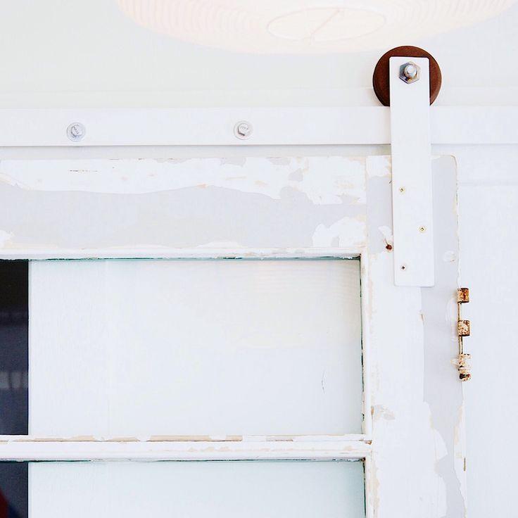 Free tutorial on how to make door track hardware http://www.lynneknowlton.com/diy-door-track…-dbomb-dot-com/