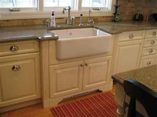 Attractive Com   Country Kitchen Photos   French Country Apron Sink I LOVE A Farmhouse  Sink!