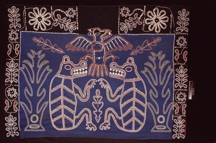 Na̱mg̱is Beaded Button Blanket. Simply awesome! Owned by Chief Thomas Nowell RBCM 12357