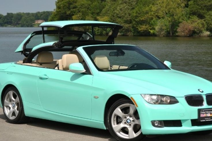 Tiffany Blue BMW convertible. Yes please!