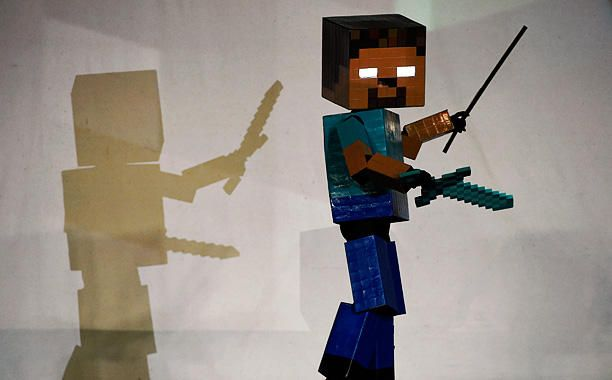 MINECRAFT - Comic-Con 2015 -  Costumes you HAVE to see - EW.com