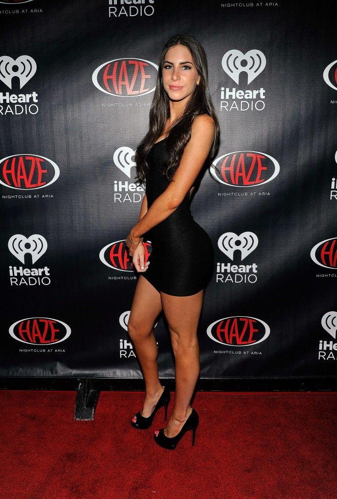 Jen Selter looking gorgeous in a tight little black dress ...