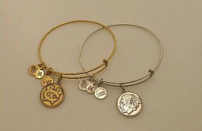 Gold and silver, we have #Blackhawks Alex and Ani bracelets for everyone! Visit the Blackhawks Store at 333 N. Michigan Avenue!