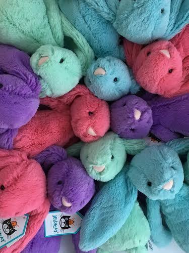http://www.kidsfortoys.com/category/jellycat/ a Small Jellycat Bashful Bunny   Limited Edition - peekawhoo