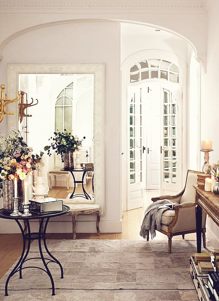 Interiors & A Romantic Table For Two