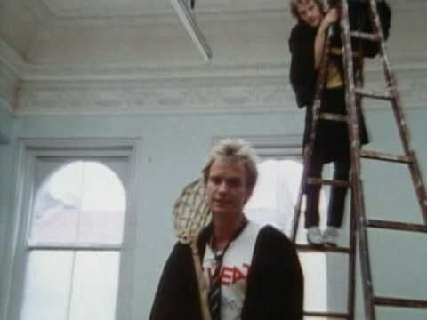 """THE POLICE / DON'T STAND SO CLOSE TO ME (1980) -- Check out the """"I ♥♥♥ the 80s!! (part 2)"""" YouTube Playlist --> http://www.youtube.com/playlist?list=PL4BAE4D6DE43F0951 #80s #1980s"""