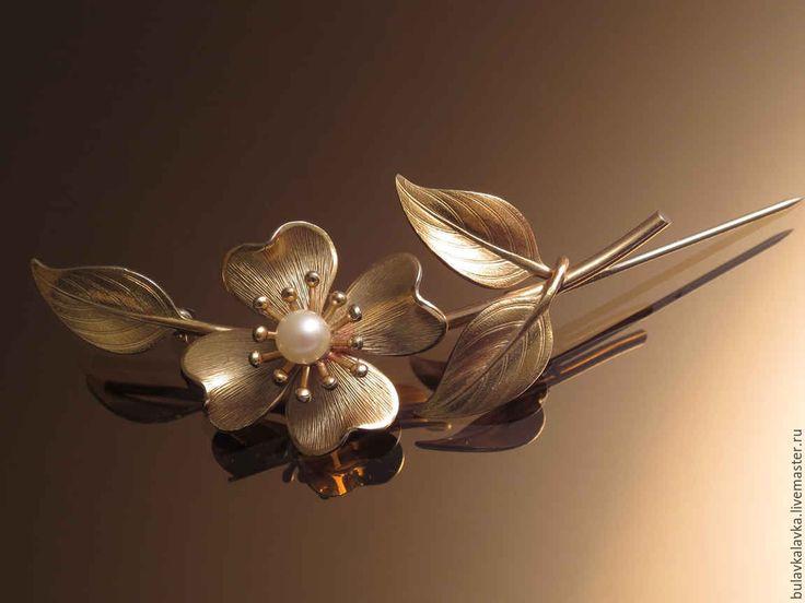 Купить Винтажная брошь Golden flower-Золотой цветок - нежная, оригинальная, классическая, изящная, аристократичная