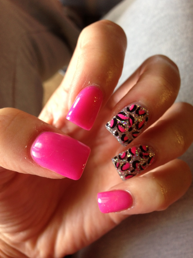 Pink sparkly cheetah nails. I would like only the ring finger done!