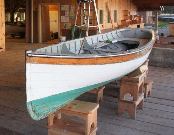 Classic American Whitehall. This is the original boat, built in 1906 in San Francisco. | WOODEN ...