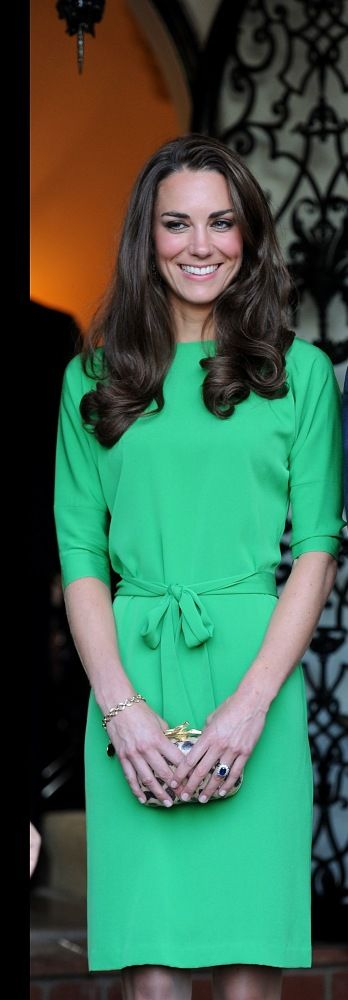 Kate Middleton What to Wear to Work: perfect office-appropriate dress #workwear