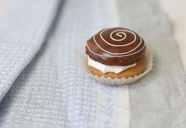 Чадейка - Буше со сливками и шоколадной помадой