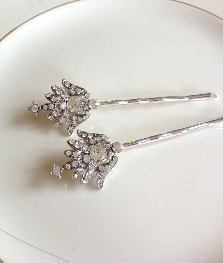 Wedding hair pins, Art Deco, pavé rhinestone hair pins, pair, set, 1920s wedding, rustic, bridal, Art Deco, bridesmaid gift, bobby pin by FrenchFragments on Etsy https://www.etsy.com/uk/listing/483316742/wedding-hair-pins-art-deco-pave