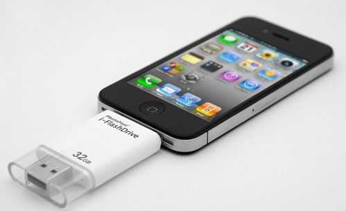 Photofast has introduced a dual flash drive that will help you transfer information from your iPhone, iPod or iPad with ease. The I-FlashDrive provides you with the ability to quickly plug-and-play to complete data transfers between your portable device and your computer. This gadget will allow you to do automatically make backups of your contacts, as well as copy files from your iOS device and transfer them to a computer or other handheld device. The I-FlashDrive is also a regular USB flash…